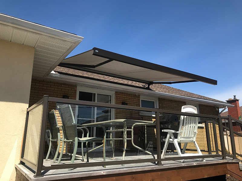 retractable awning on patio